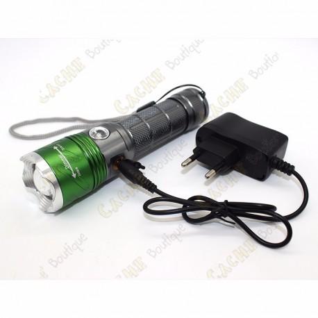 Cree flashlight 2000 lumen + UV - Rechargeable